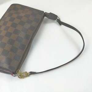 Louis Vuitton  Pochette Damier Ebne Clutch